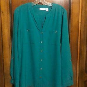 Susan Graver green long sleeve button blouse